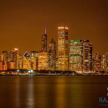 Top locations in Chicago to photograph Chicago skyline.
