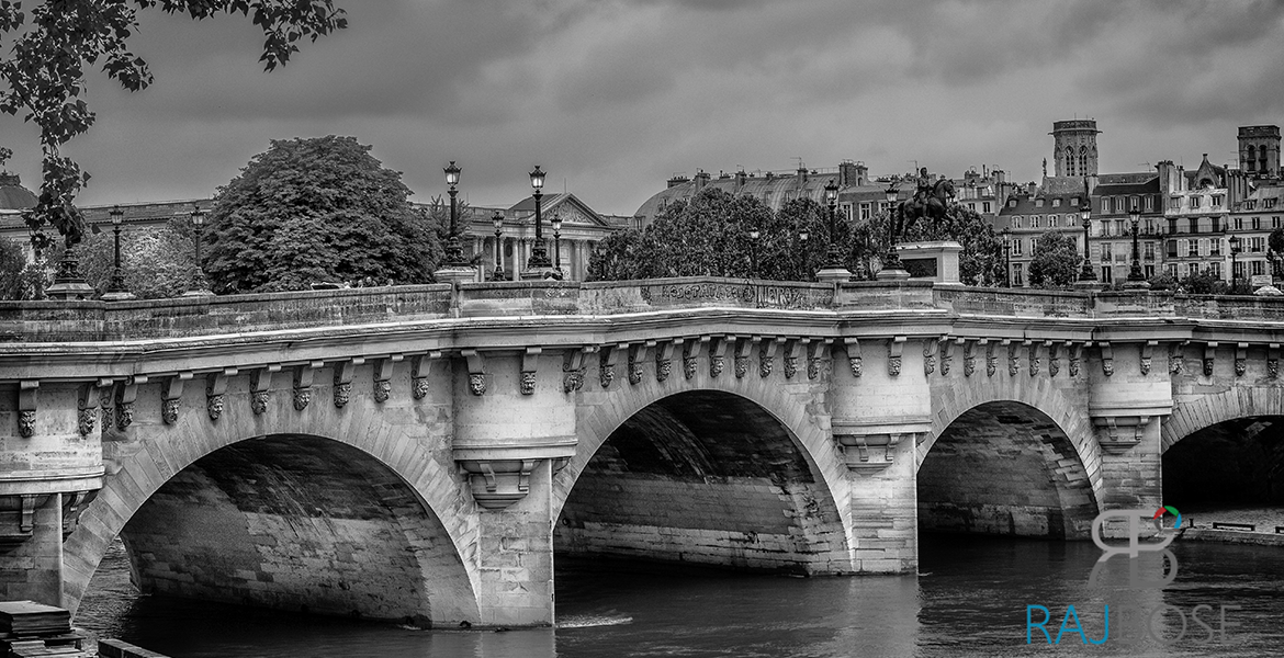 Pont Neuf Bridge, Paris